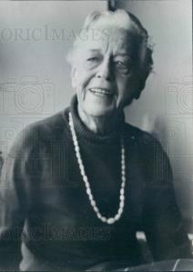 Tay Hohoff, 1973